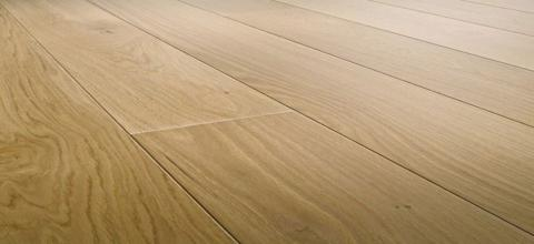 Wide plank engineered flooring